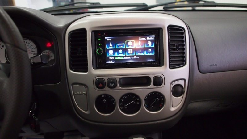 ford escape radio upgrade adds 2013 functionality to 2003. Black Bedroom Furniture Sets. Home Design Ideas